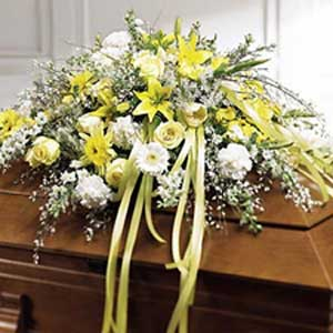 Morristown Florist | Lovely Casket Spray